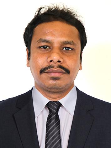 Dr  MANOHAR GIRI